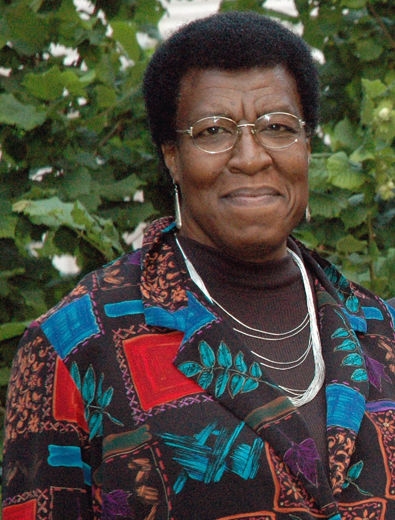 african american and octavia butlers kindred The return of history in butler's kindred octavia e butler's novel titled kindred was first published in 1979, and it is a tale that places the notion of time travel into an african-american historical and supernatural context while many other stories by butler rely on science fiction as an underlying genre, in case of kindred time.