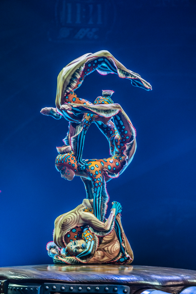 Photo: Martin Girard / shootstudio.ca Costumes: Philippe Guillotel © 2014 Cirque du Soleil